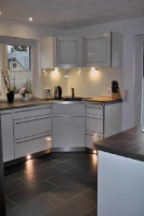 Küche 4.3 Weiß-Dekor